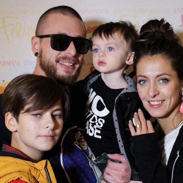 Анастасия Меськова с семьей